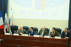 French MP Thierry Mariani Comes to MGIMO