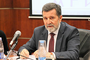 Ambassador of Serbia Attends Round Table at MGIMO