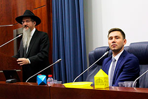 Berel Lazar Celebrates Hanukkah at MGIMO