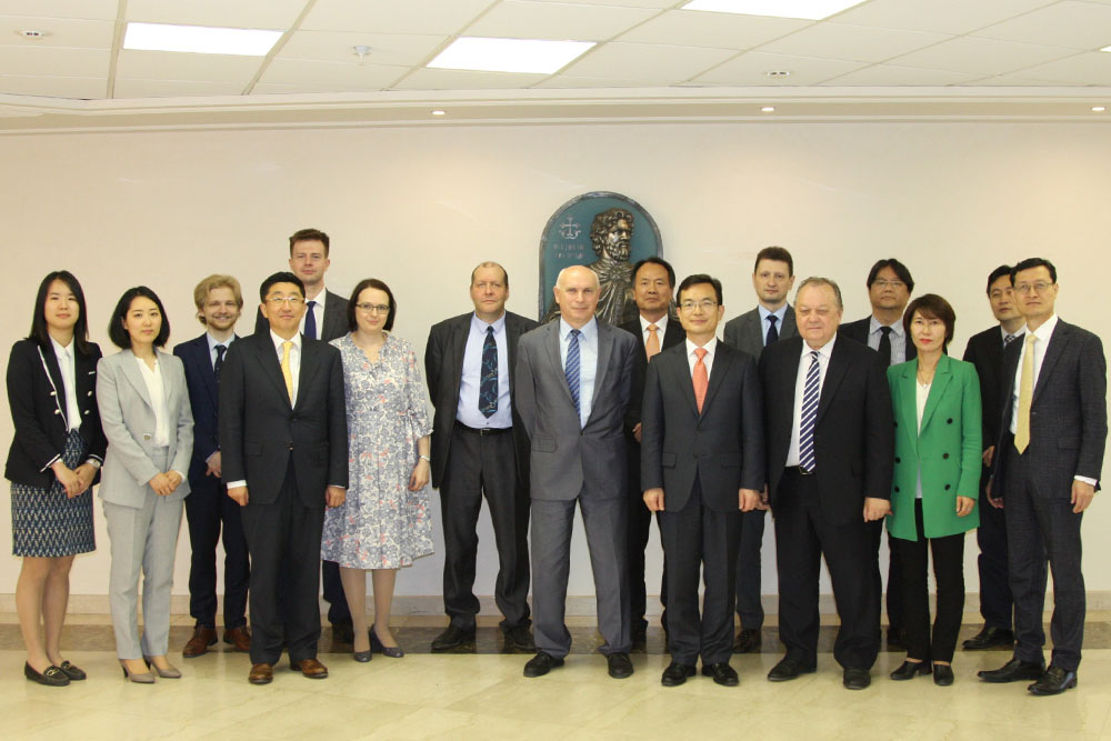 MGIMO Hosts Joint Conference with Korea National Diplomatic Academy