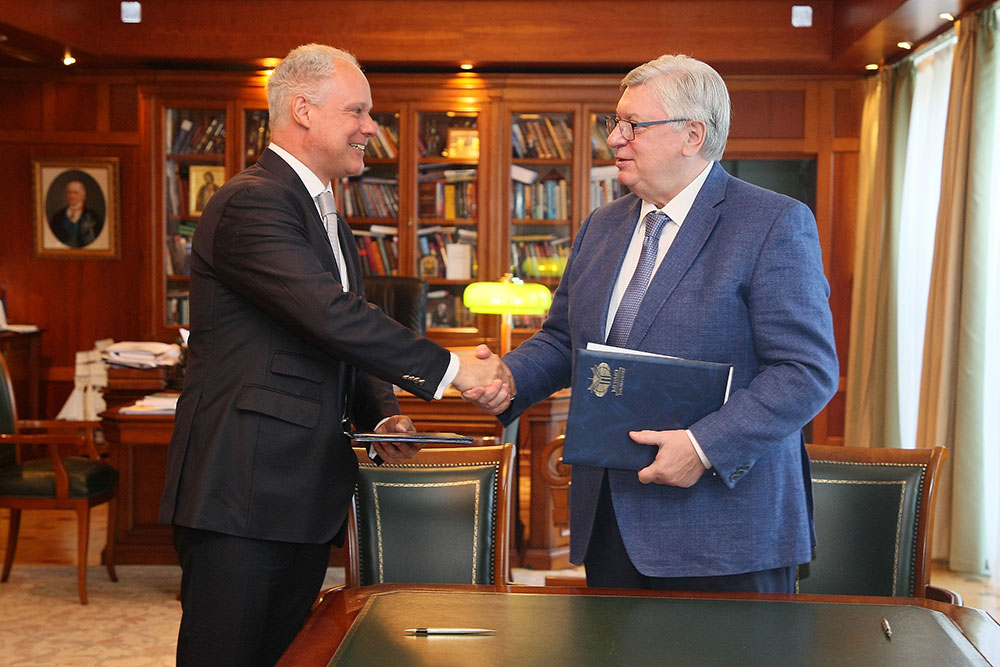 MGIMO Rector Signs Cooperation Agreement with OSCE Academy in Bishkek