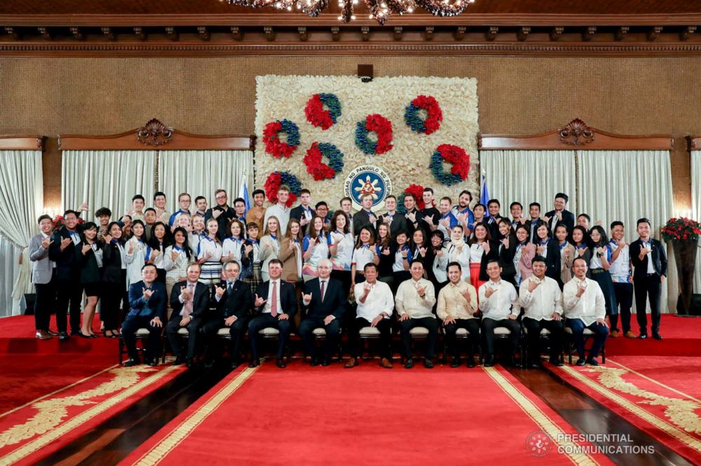 President of the Philippines Receives Participants of Russia-ASEAN Youth Summit