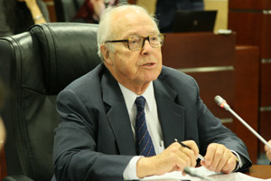 Leader of Disarmament Movement Hans Blix Comes to MGIMO
